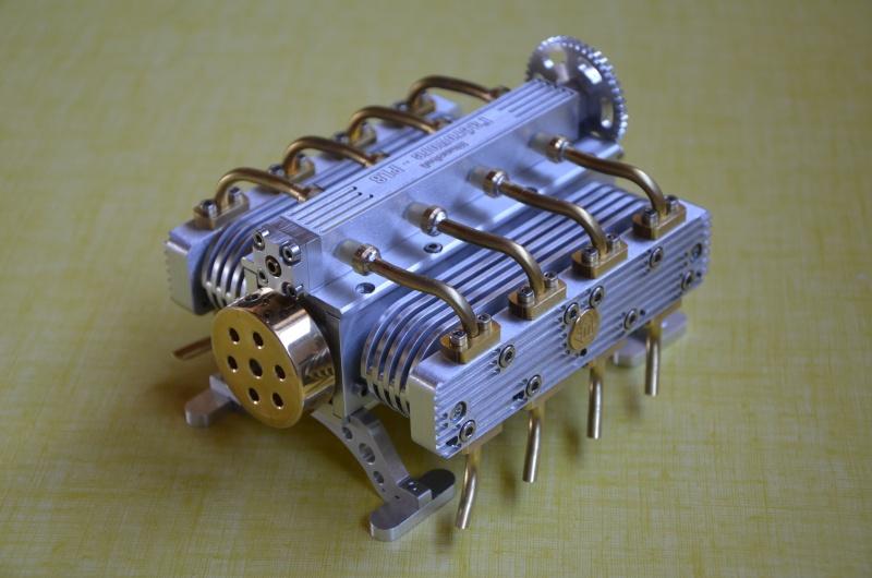 Moteur à air comprimé - 8 cylindres à plat Montag14