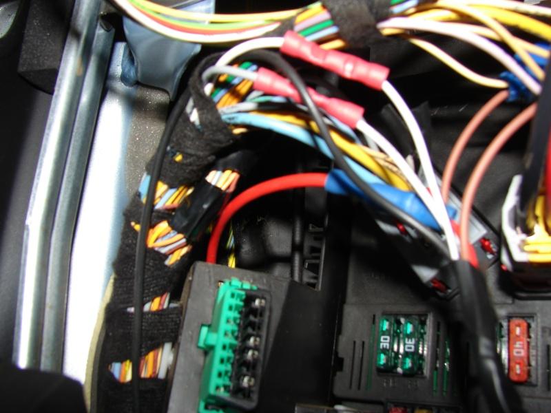 Tuto de montage d'un kit de commande de centralisation a distance 206  Dsc06220