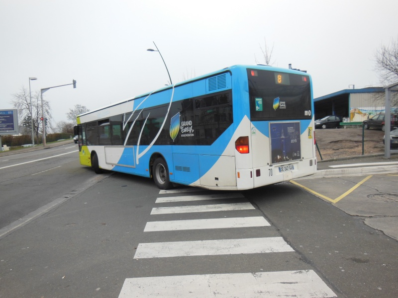 Photos et vidéos des bus d'Ebroïciens Dscn3411