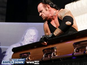 Fans de The Undertaker Retra10