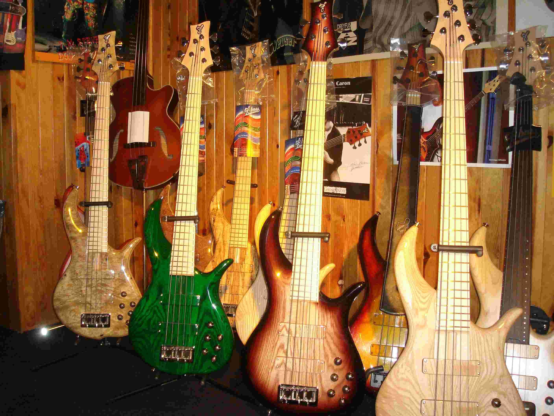 Tout pour le bassiste. Brown_10