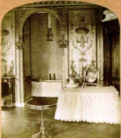 Expo : Napoléon III et Eugénie reçoivent à Fontainebleau - Page 3 Kgrhqz10