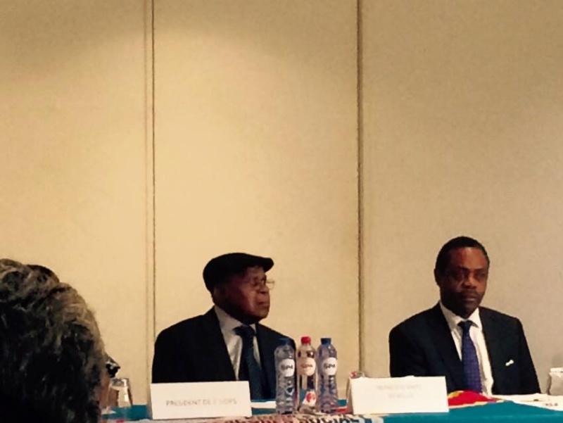Etienne Tshisekedi réapparaît pour la première fois en public Congo911