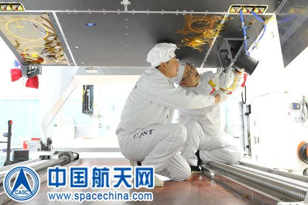 Le secteur aérospatial chinois - Page 8 Milita11