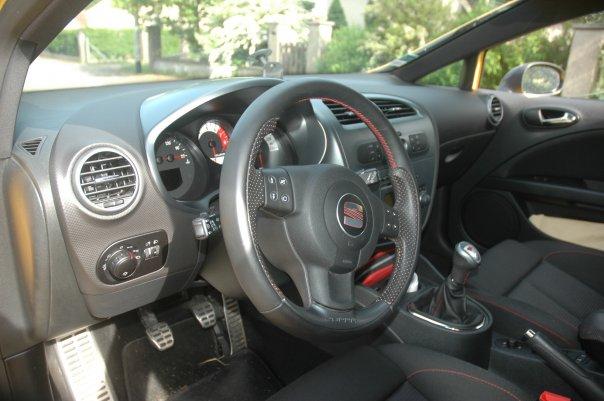Ma voiture actuelle, une Seat Leon CupRa 2L TFSI 240..... 411