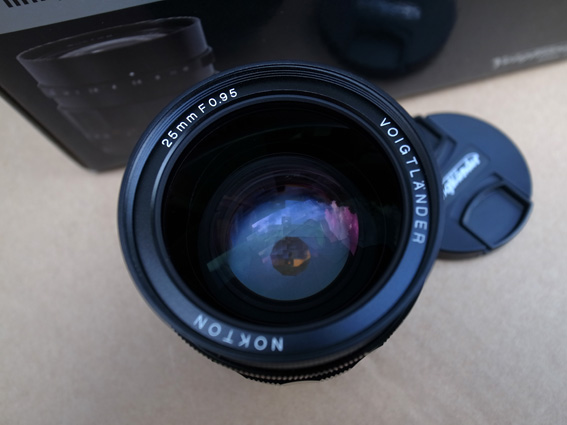 Objectif Voigtlander Nokton 25mm f/0.95 B310