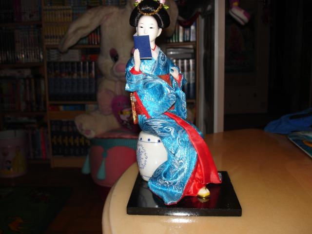 Les poupées geishas Dsc03714