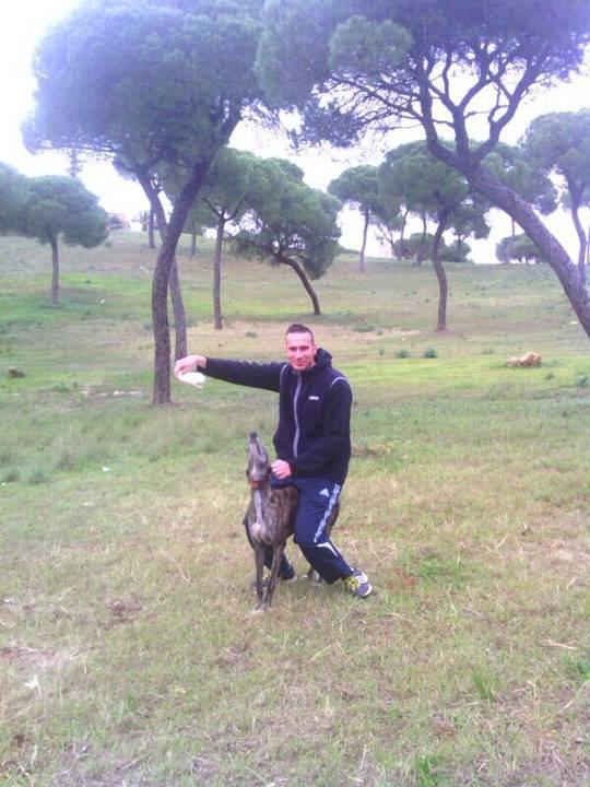 Juan Carlos et ses galgos 22mouc10