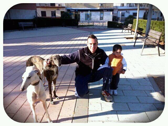 Juan Carlos et ses galgos Con_mi10
