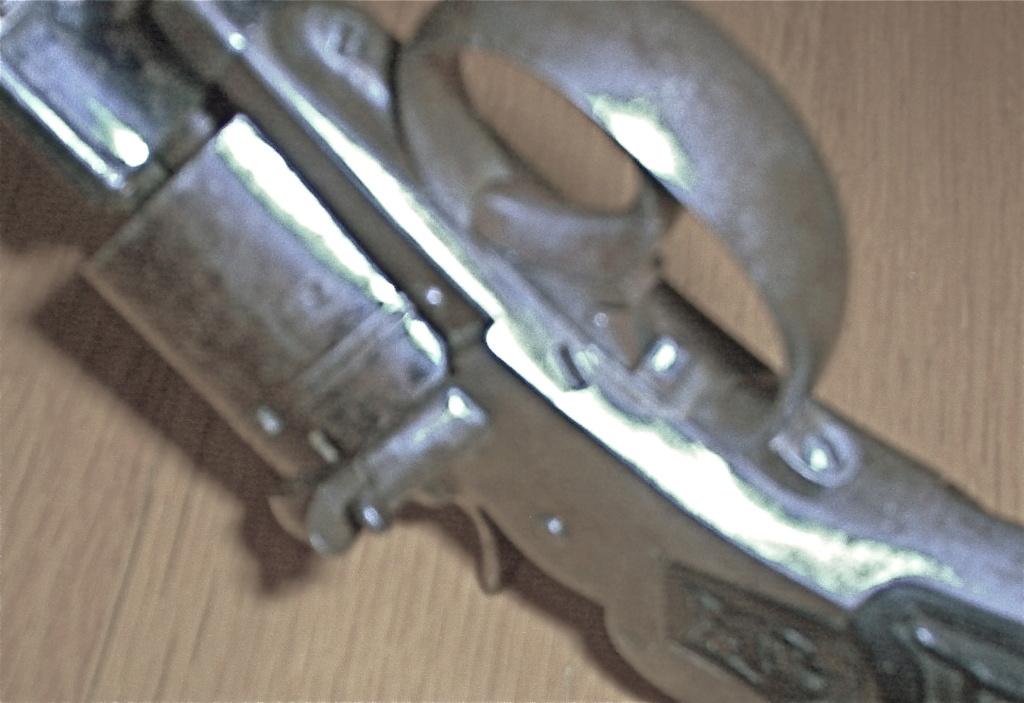 """Revolver type """"lefaucheux"""" 12mm à broche - Page 5 8a7dd710"""