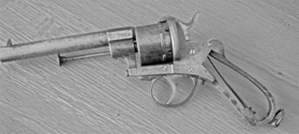 """Revolver type """"lefaucheux"""" 12mm à broche - Page 5 9a98b110"""