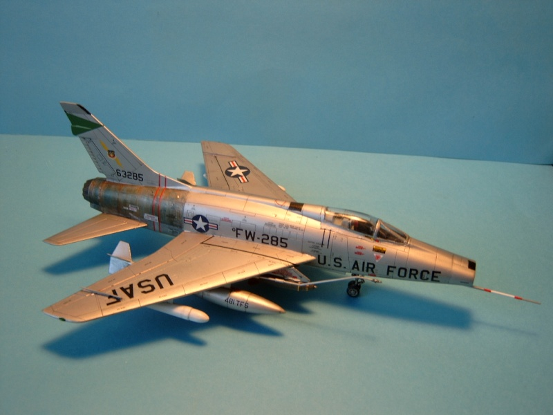 F-100F Super Sabre 1/72 (Italeri 1398) F100d_21