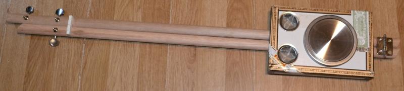 Lap Steel Cigar Box Guitar  Dsc_1610