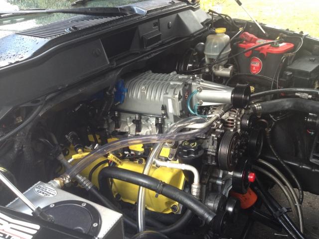 Supercharged sur un ram 4.7L de 2002. 20410