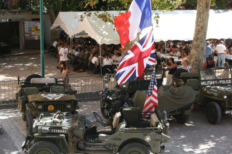 photos prie par mai soin de véhicule militaire ancien pour la fête de la libération du MUY Img_6010