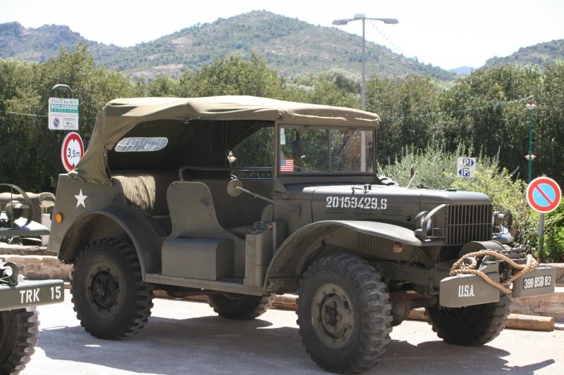 photos prie par mai soin de véhicule militaire ancien pour la fête de la libération du MUY Img_6024