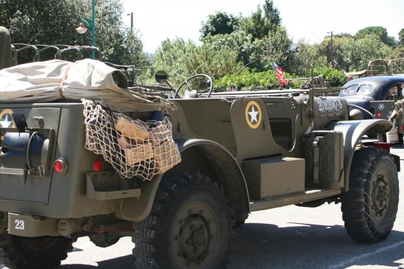 photos prie par mai soin de véhicule militaire ancien pour la fête de la libération du MUY Img_6035