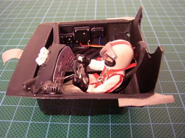 Slotracing im Maßstab 1:24  --> Cockpitbau P1010013