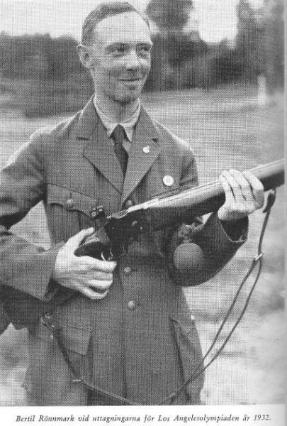 une carabine de match suisse système MARTINI  de J. HARTMANN cal.7.5x55  - Page 4 Rnnmar10