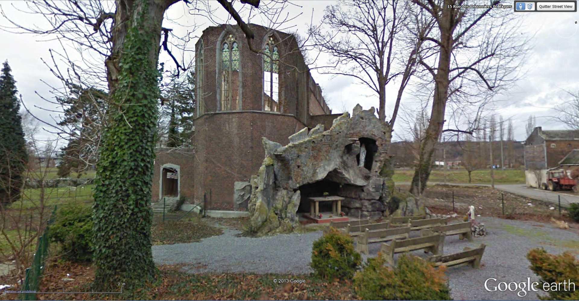 Les répliques de la grotte de Lourdes 2013-071