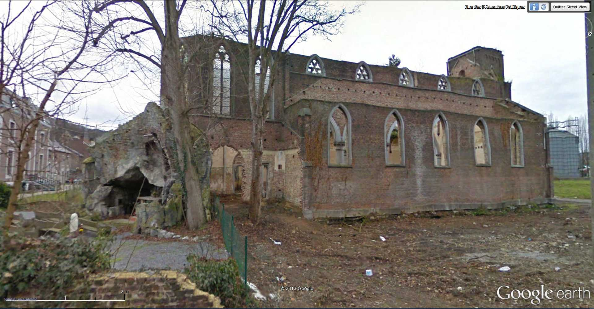 Les répliques de la grotte de Lourdes 2013-072