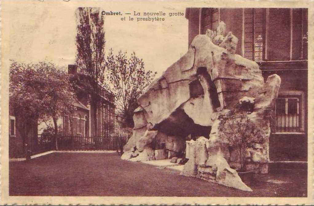 Les répliques de la grotte de Lourdes 2013-073