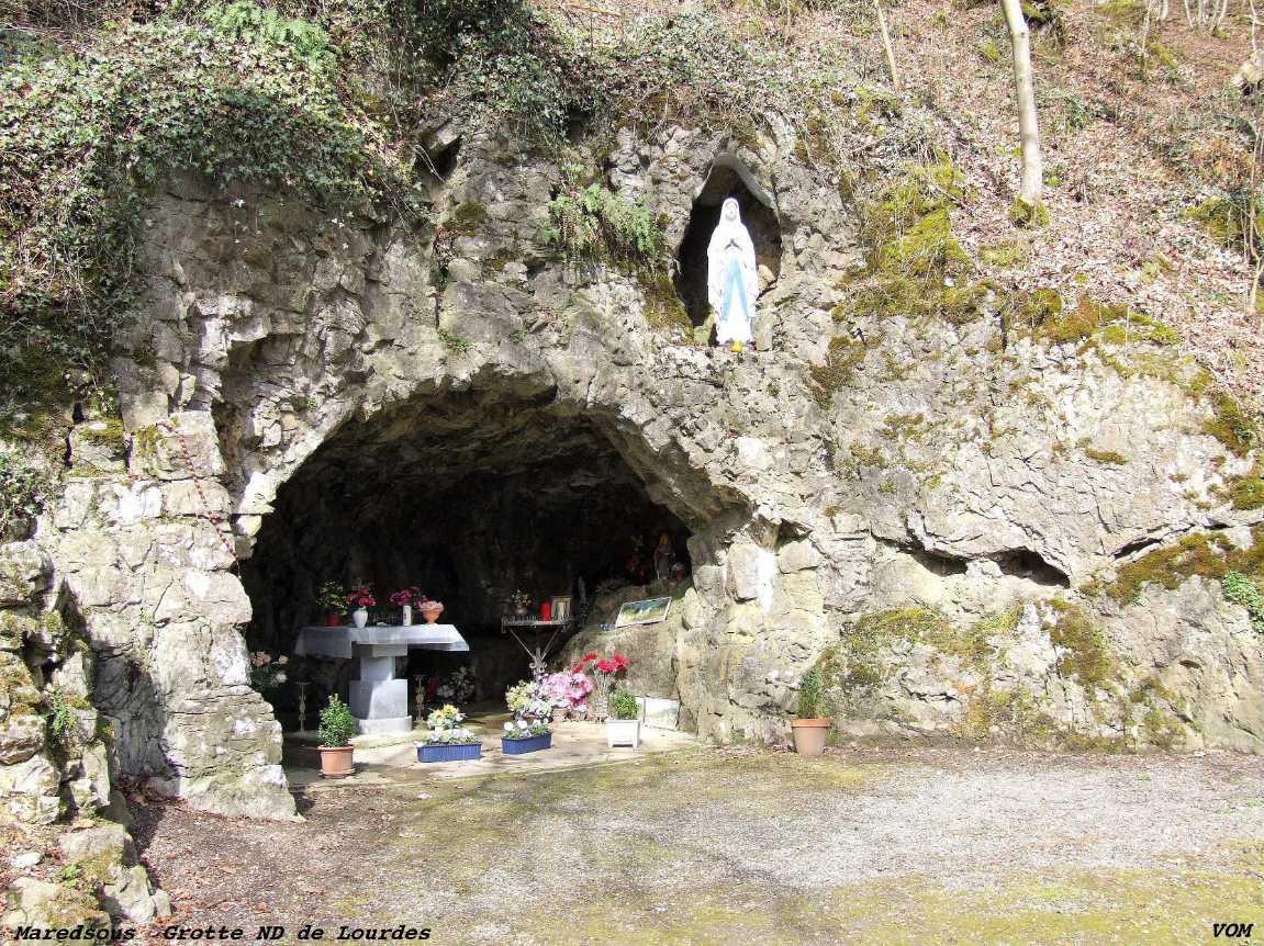 Les répliques de la grotte de Lourdes 2013-077