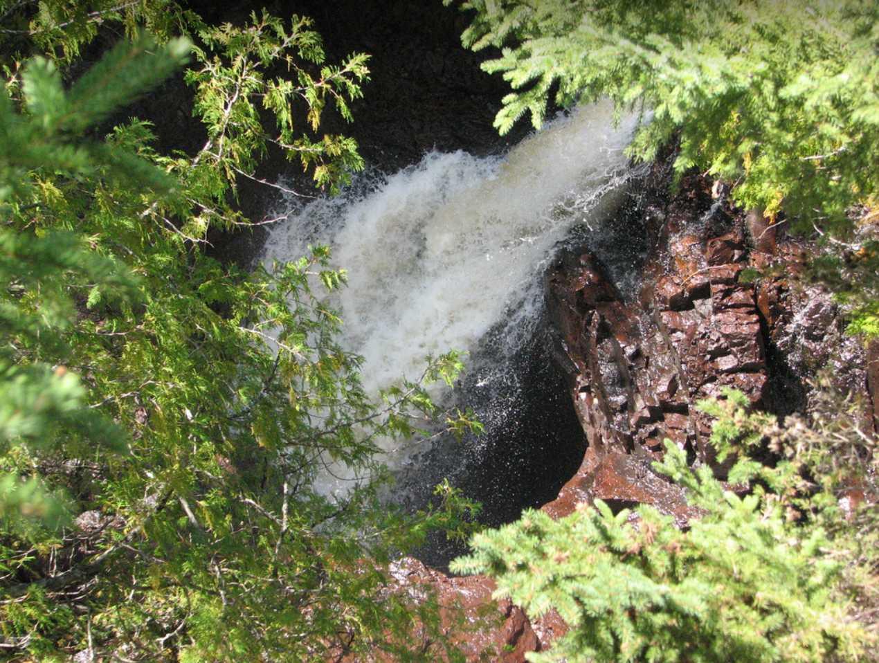 Disparition d'une demi rivière à la marmite du diable - Minnesota - USA 2015-060