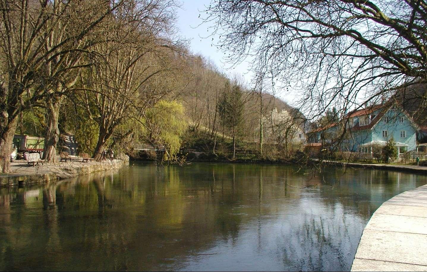"""La disparition du Danube (Donauversickerung), Immendingen, Allemagne, 47°55'46.28""""N 8°45'20.68""""E 2015-149"""