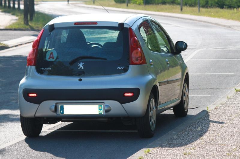 [VENDUE] Peugeot 107 Trendy 1.0L 5p gris alu 0210