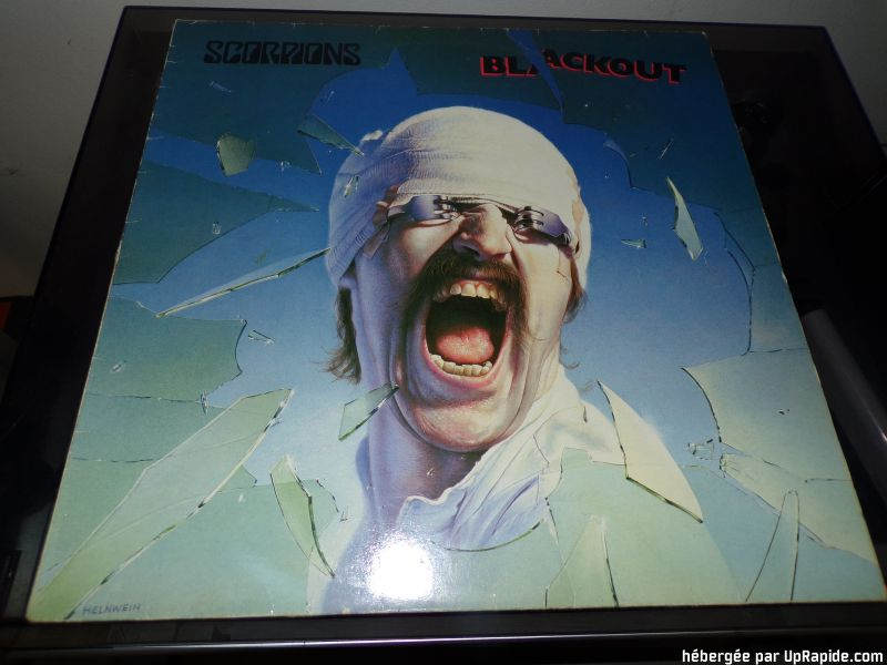 "SCORPIONS  ""Black Out  (1982) 118-2610"