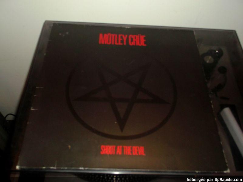 """MOTLEY CRÜE """"Shout at the Devil""""  (1983) Dscf3011"""