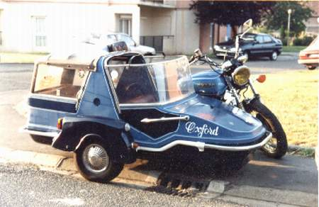 side-car motorhome ! Img05410