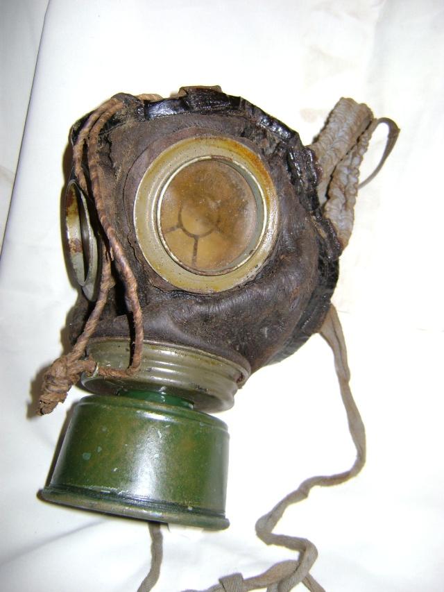 Vos Masques à Gaz  Dsc01911