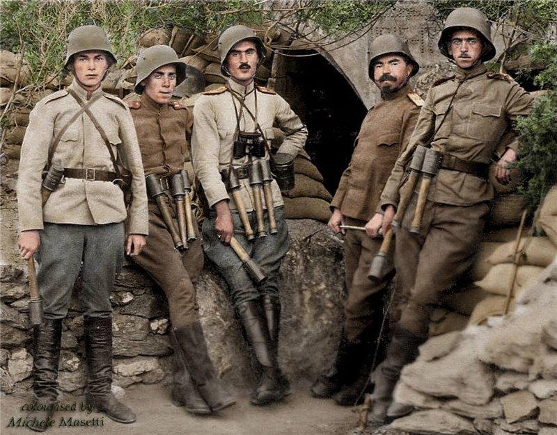 Photo colorisée de soldats bulgares. E2546b10