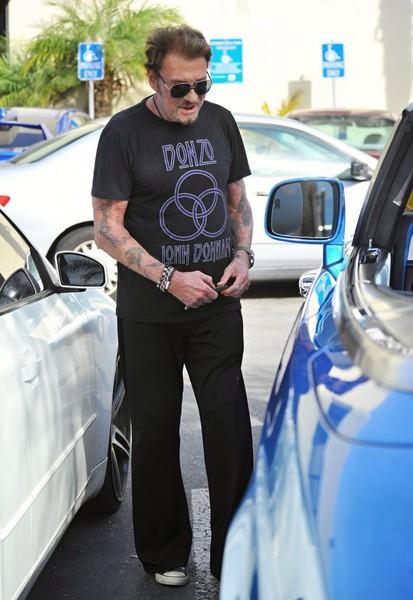 Johnny et sa  Rolls Royce bleue.. Johnny12