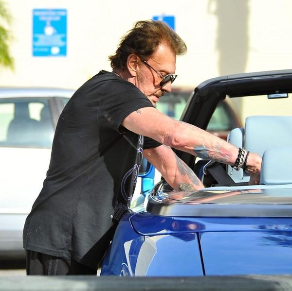 Johnny et sa  Rolls Royce bleue.. Johnny13