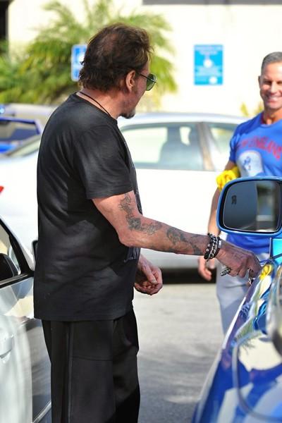 Johnny et sa  Rolls Royce bleue.. Johnny14