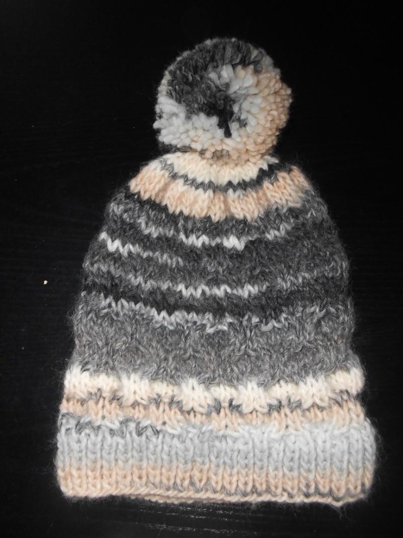 Bonnet avec pompom ! Dscn0125