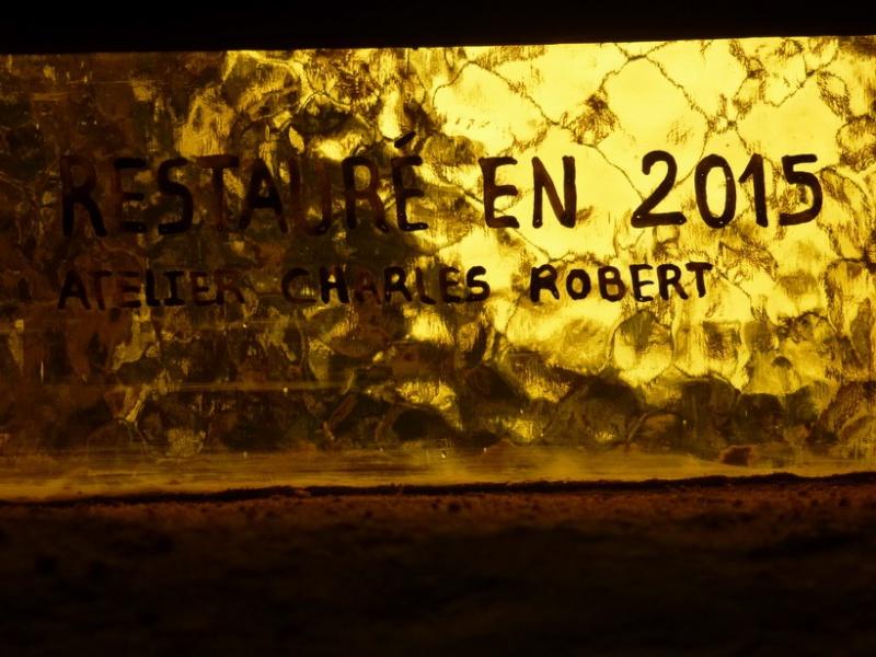 Vitrail installé à la chapelle Saint Sébastien P1050710