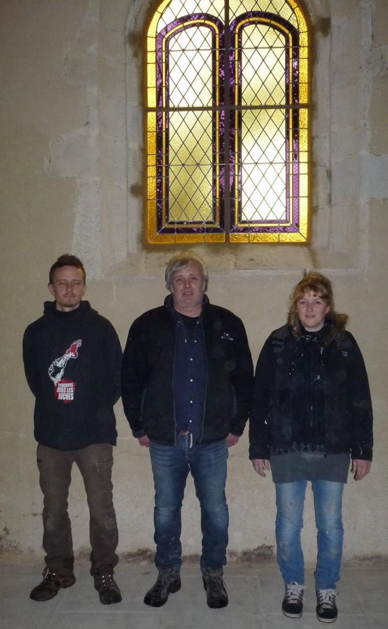 Vitrail installé à la chapelle Saint Sébastien P1050712