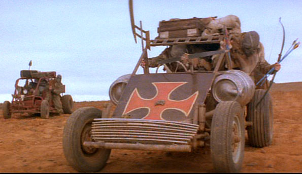 Buggy iron cross mad max 2 Mm_2_b10