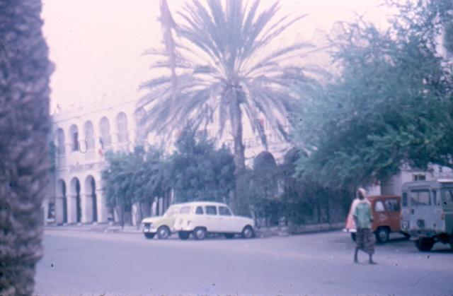 DJIBOUTI - LES BARS - Page 3 Numari45