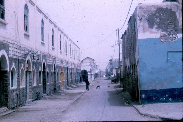 DJIBOUTI - LES BARS - Page 3 Numari46