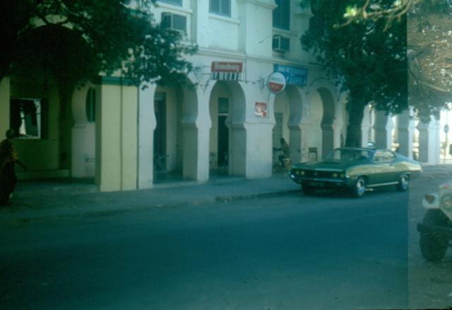 DJIBOUTI - LES BARS - Page 3 Numari48