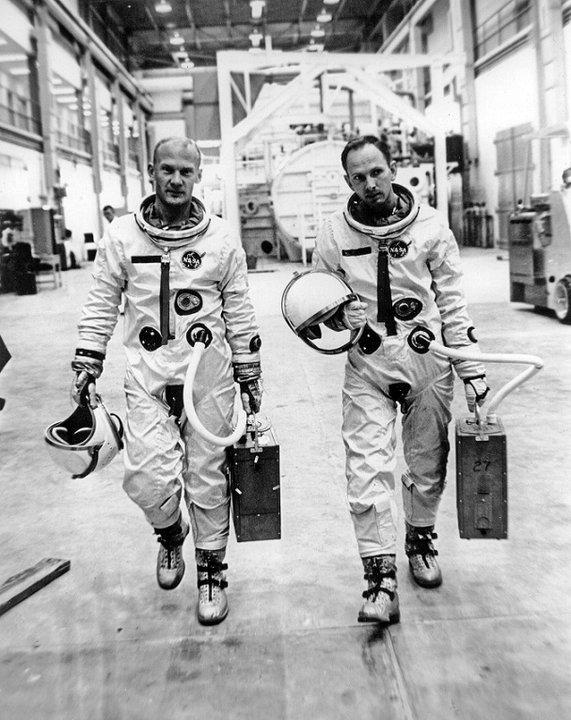 Buzz Aldrin et Theodore Freeman Aldrin12