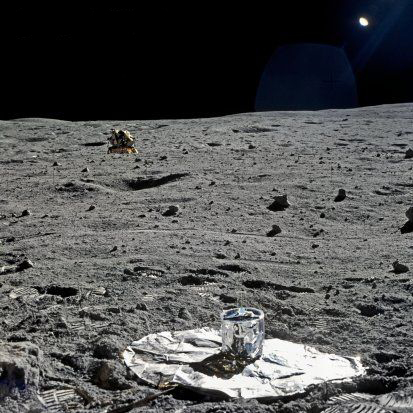 Photos rares et/ou originales, de préférence inédites sur le forum - Page 3 Apollo13