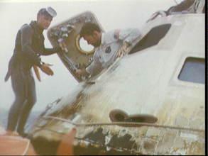 Photos rares et/ou originales, de préférence inédites sur le forum - Page 5 Apollo14