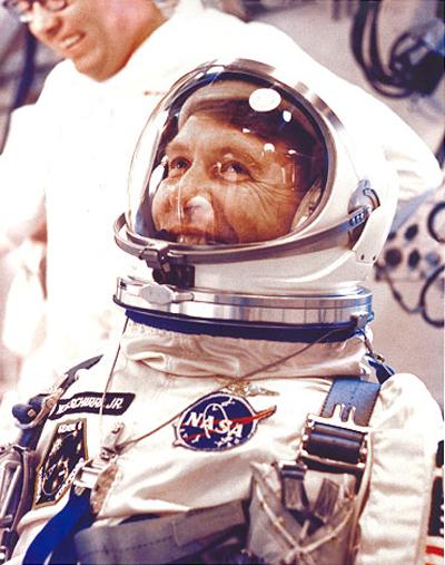 Gemini 6 - La mission - Rares Documents, Photos, et autres ... Gt6sui10