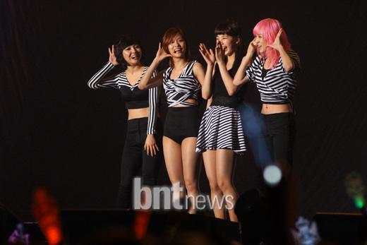 Miss A au concert des 2PM 54821526